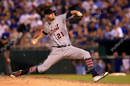 Mark Lowe Detroit Tigers relief pitcher Mark Lowe during a baseball game against the Kansas City Royals at Kauffman Stadium in Kansas City, Mo., . The Royals defeated the Tigers 16-5