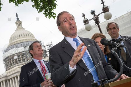 Stock Image of David Vitter, Tom Udall, Bonnie Lautenberg, Jeff Merkley Sen. Tom Udall, D-N.M., joined by, from left, Sen. David Vitter, R-La., Bonnie Lautenberg, widow of the late New Jersey Sen. Frank Lautenberg, and Sen. Jeff Merkley, D-Ore., talks about bipartisan legislation to improve the federal regulation of chemicals and toxic substances, during a news conference on Capitol Hill in Washington. Sen. Udall is the sponsor of the bill which was initiated by Sen. Frank Lautenberg