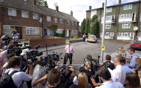 DCI Mark Stockford giving a statement to the police at Walton Green