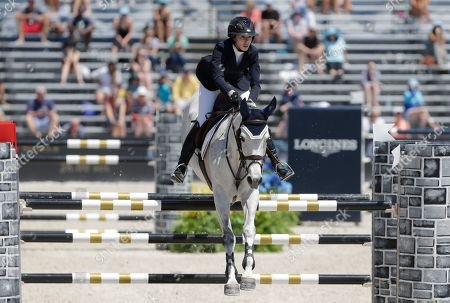 Hannah Selleck Hannah Selleck, daughter of actor Tom Selleck, competes at the Global Champions Tour show jumping competition, in Miami Beach, Fla. Miami Beach is the first leg of a 15-city tour for this competition, which is a warmup for the Summer Olympics in Rio de Janeiro