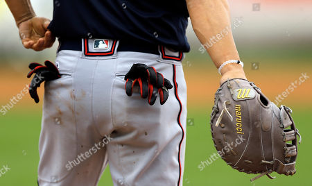 Atlanta Braves first baseman Nick Swisher during the fifth inning of a spring training baseball game against the New York Yankees, in Tampa, Fla