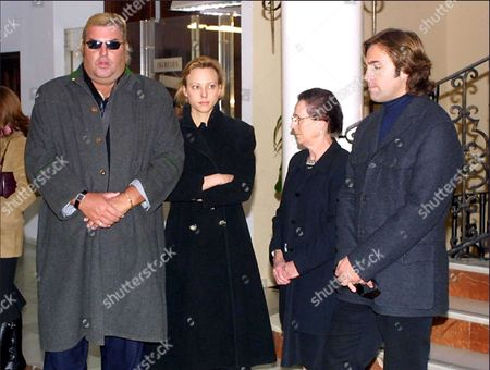 Christoph von Hohenlohe, Ariana Theresa Maria von Hohenlohe, one of the sisters of Alfonso, and Hubertus von Hohenlohe, during the funeral of Alfonso von Hohenlohe in Marbella.