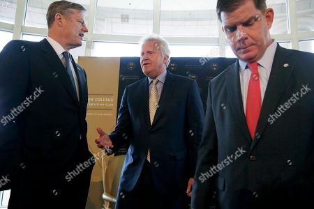 Jeffrey Immelt, Charlie Baker, Marty Walsh General Electric Chairman and CEO Jeffrey Immelt, center, speaks with Massachusetts Gov. Charlie Baker, left, at the Boston College Chief Executives Club in the Boston Harbor Hotel in Boston, . Boston Mayor Marty Walsh is at right. Immelt discussed his company's impending move from Fairfield, Conn., to Boston at a meeting of business executives