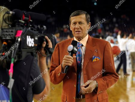 "Craig Sager Craig Sager speaks before the NCAA Final Four tournament college basketball championship game between Villanova and North Carolina in Houston. Sager will receive the Jimmy V Perseverance Award at the ESPYS on July 13. Sager has continued to work as he receives treatment for leukemia. The award is named for the late North Carolina State coach and broadcaster Jim Valvano, who gave his famous ""Don't ever give up"" speech at the 1993 ESPYS while battling cancer"