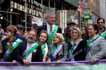 Bill de Blasio, Chirlane McCray, Christine Quinn, Brendan Fay, Mary Lou McDonald New York City Mayor Bill de Blasio, center background, and his wife Chirlane McCray, join Christine Quinn, left, Brendan Fay, second from left, chairman of the Lavender and Green Alliance, Edie Windsor, third from right, and Sinn Fein's Mary Lou McDonald, right, in the staging area before marching up Fifth Avenue during the St. Patrick's Day parade, in New York