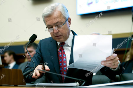 John Stumpf Wells Fargo CEO John Stumpf goes over his notes as he testifies on Capitol Hill in Washington, before the House Financial Services Committee investigating Wells Fargo's opening of unauthorized customer accounts