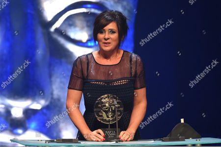 Stock Photo of Mali Harries collects Actress Award for Di Mared Rhys in Y Gwyll/Hinterland