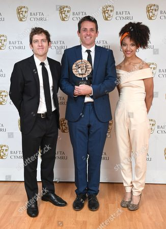 Elis James and Kizzy Crawford with Ed Talfan winner of Writer award for Yr Ymadawiad - Severn Screen