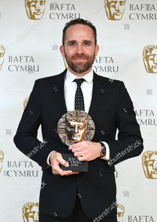 Lee Haven Jones winner of Director: Fiction for 35 Diwrnod Apollo, Cwmni Boom Cymru