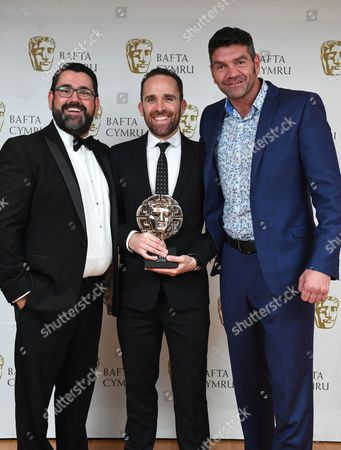 Richard Elis and Spencer Wilding with Lee Haven Jones winner of Director: Fiction for 35 Diwrnod Apollo, Cwmni Boom Cymru