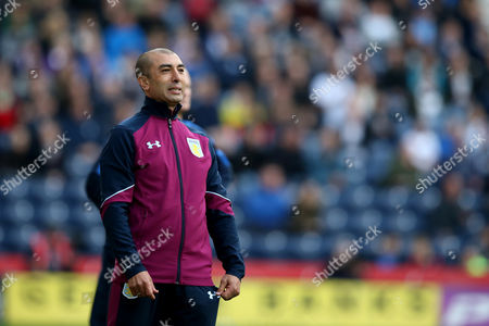 Aston Villa manager Roberto Di Matteo rues a missed chance during the SKY BET Championship match between Preston North End and Aston Villa played at Deepdale, Preston on 1st October 2016
