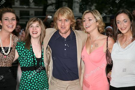 Owen Wilson with the girls from 'How do you solve a problem like Maria' programme - Siobhan Dillon, Abi Finley, Owen Wilson, Aoife Mulholland and Helena Blackman