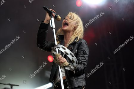 Emily Haines of Metric performs on the Queens Blvd stage at The Meadows Music Festival