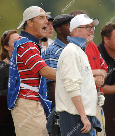 Richard Burgi throws in the towel on the 10th tee shot and switches hisw clothes and places with Chris Evans' caddy, as the Chris's caddy takes the t-shot on 10th. Burgi then caddied for Chris Evans.
