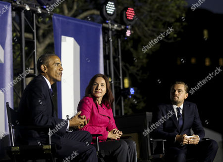 United States President Barack Obama, left, Leonardo DiCaprio, right, and Dr. Katharine Hayhoe, center, have a a panel discussion on climate change as part of the White House South by South Lawn (SXSL) event