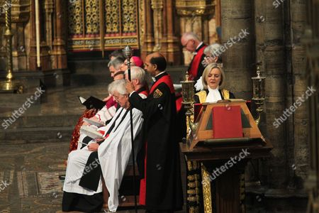 Stock Photo of The Right Honourable Liz Truss MP Lord Chancellor and Secretary of State for Justice reads Deuteronomy 6 : 17 -25