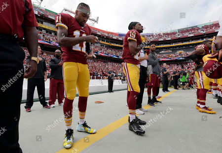 c8c0cb244 DeSean Jackson Washington Redskins wide receiver DeSean Jackson (11) tapes  his fingers as he