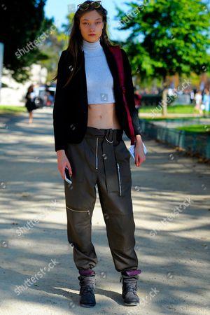 Model Yumi Lambert after Chanel Grand Palais, Ave Winston Churchill. SS17 FW16 Street Style Paris.