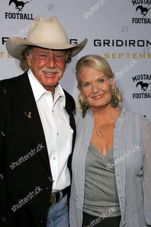 Mentor Williams and wife Lynn Anderson