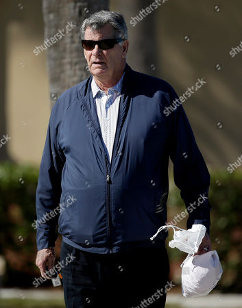 Mike Shannon St. Louis Cardinals broadcaster and former player Mike Shannon walks out to a field during spring training baseball practice, in Jupiter, Fla