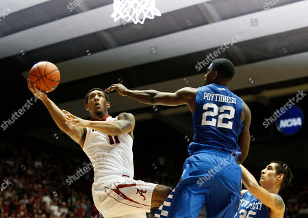 Shannon Hale Alabama forward Shannon Hale (11) shoots and is fouled as Kentucky forwards Alex Poythress (22) and forward Derek Willis (35) defend during the second half of an NCAA college basketball game against Kentucky, in Tuscaloosa, Ala