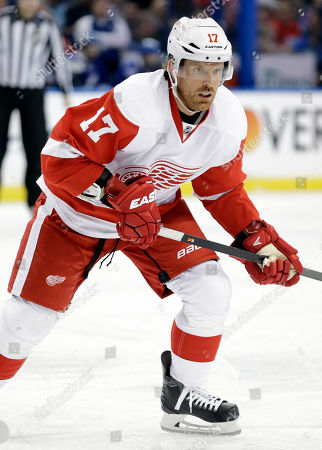 Detroit Red Wings center Brad Richards (17) during the first period of an NHL hockey game against the Tampa Bay Lightning, in Tampa, Fla