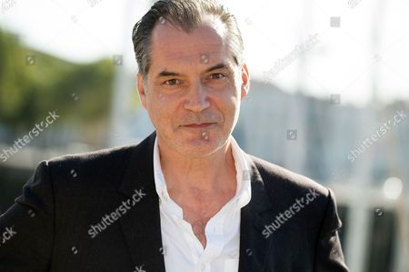 Samuel Labarthe at photocall for 'Les petits meutres'