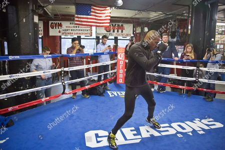 Peter Quillin Brooklyn's middleweight boxer Peter Quillin workout at Gleason's Gym, in the Brooklyn borough of New York. Quillin will fight Brooklyn's Daniel Jacobs for the WBA World middleweight title in the main event, during Showtime championship boxing at Barclays Center, Saturday Dec. 5