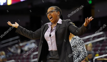 Cynthia Cooper-Dyke Southern California head coach Cynthia Cooper-Dyke yells to her team during the first half of an NCAA women's college basketball game against Santa Clara, in Los Angeles