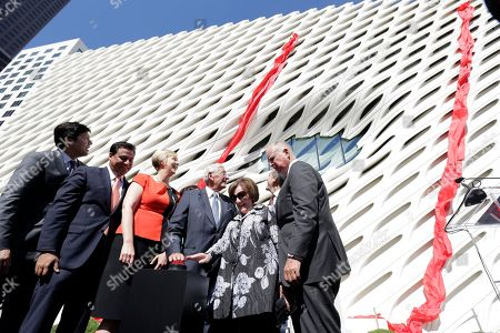 Kevin De Leon, Jose Huizar, Joanne Heyler, Eric Garcetti From left, Sen. Kevin De Leon (D-Los Angeles), Los Angeles City Councilman Jose Huizar, the Broad founding Director/Chief Curator, Joanne Heyler, joined Eli Broad and his wife, Edythe Broad, with Los Angeles Mayor Eric Garcetti and California Gov. Jerry Brown at the civic dedication and ribbon cutting ceremony to celebrate the opening of the Broad museum downtown Los Angeles . Billionaire philanthropist Eli Broad gives his latest gift to Los Angeles when The Broad, a $140 million museum built to hold some of the greatest pop-art works ever created, opens on Sept. 20