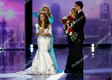 Betty Cantrell, Kira Kazantsev Miss Georgia Betty Cantrell is crowned Miss America 2016 by Miss America 2015 Kira Kazantsev at the Miss America 2016 pageant, in Atlantic City, N.J
