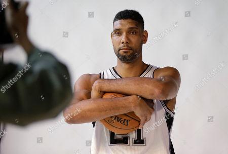 Tim Duncan San Antonio Spurs' Tim Duncan poses for photos during media day, in San Antonio