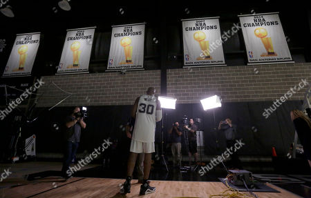 David West San Antonio Spurs' David West (30) takes part in an interview during media day at the team's facility, in San Antonio