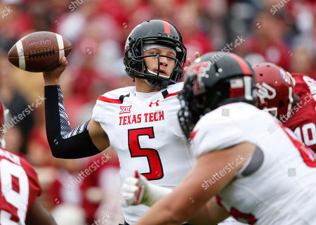 Patrick Mahomes Texas Tech quarterback Patrick Mahomes (5) prepares to pass in the first quarter of an NCAA college football game against Oklahoma in Norman, Okla