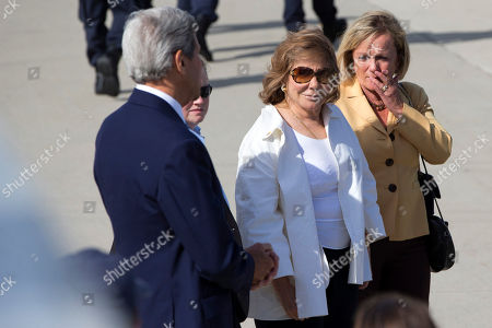 John Kerry, Teresa Heinz Kerry Secretary of State John Kerry, left, and his wife Teresa Heinz Kerry, center, arrive at a farewell ceremony for Pope Francis at Andrews Air Force Base, Md., before the Pope left for New York from Washington, on