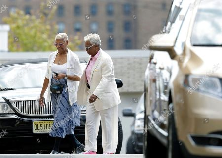 Dionne Warwick, Carolyn Whigham Singer Dionne Warwick, left, walks with Carolyn Whigham, right, to a service at Whigham funeral home for Bobbi Kristina Brown in Newark, N.J., early . Bobbi Kristina, the only child of Whitney Houston and R&B singer Bobby Brown, died in hospice care July 26, about six months after she was found face-down and unresponsive in a bathtub in her suburban Atlanta townhome