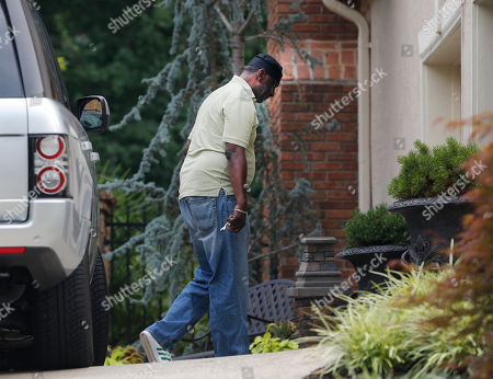 Gary Houston Bobbi Kristina Brown's uncle Gary Houston arrives at the home in Alpharetta, Ga., on . Bobbi Kristina Brown, daughter of Bobby Brown and the late singer Whitney Houston, died in hospice care Sunday night according to the family