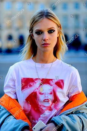 Editorial photo of Street Style, Spring Summer 2017, Paris Fashion Week, France - 05 Oct 2016