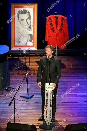 Craig Morgan Craig Morgan performs during the funeral service for country music performer Jim Ed Brown at the Ryman Auditorium, in Nashville, Tenn. Brown, who was a member of the Grand Ole Opry and was recently elected to the Country Music Hall of Fame, died June 11. He was 81