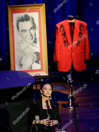Crystal Gayle Crystal Gayle performs during the funeral service for country music performer Jim Ed Brown at the Ryman Auditorium, in Nashville, Tenn. Brown, who was a member of the Grand Ole Opry and was recently elected to the Country Music Hall of Fame, died June 11. He was 81