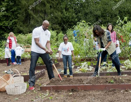 Alonzo Mourning and Michelle Obama