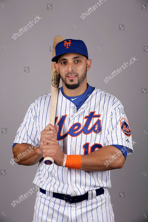 Alex Castellanos This is a 2015 photo of Alex Castellanos of the New York Mets baseball team. This image reflects the Mets active roster as of, when this image was taken