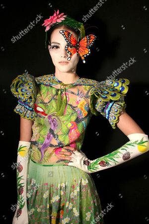 Model Marina Jamieson preparing for the catwalk