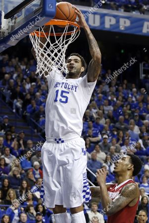Willie Cauley-Stein, Shannon Hale Kentucky's Willie Cauley-Stein (15) dunks next to Alabama's Shannon Hale during the first half of an NCAA college basketball game, in Lexington, Ky