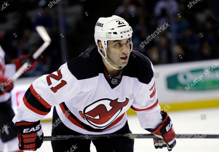 Scott Gomez New Jersey Devils' Scott Gomez (21) during an NHL hockey game against the San Jose Sharks, in San Jose, Calif