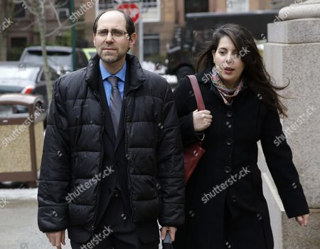 Jesse Friedman, Elisabeth Walsh Jesse Friedman and his wife Elisabeth Walsh arrive to court in New York, . A New York judge has granted convicted sex offender Friedman's request for a hearing on his innocence claim in a notorious 1980s abuse case