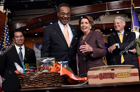 Nancy Pelosi, Emanuel Cleaver House Minority Leader Nancy Pelosi of Calif. and Rep. Emanuel Cleaver II, D-Mo., pay off a World Series bet on Capitol Hill in Washington, . The San Francisco Giants defeated the Kansas City Royals in the recent World Series