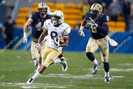 Tony Zenon Georgia Tech running back Tony Zenon (9) makes a 57-yard touchdown run past Pittsburgh linebacker Todd Thomas (8) in the fourth quarter of the NCAA football game against Pittsburgh, in Pittsburgh