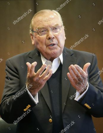 """Jon Huntsman, Sr Jon Huntsman, Sr. speaks to reporters during a press conference, in Salt Lake City. At the news conference Friday, Huntsman Sr. talked about the book, which tells his life story in his own words and his titled, """"Barefoot to Billionaire; Reflections on a Life's Work and a Promise to Cure Cancer"""