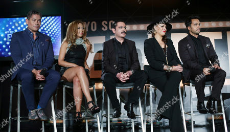 """Boris Izaquirre, Chiquibaby, Mario Quintero Lara, Olga Tanon Luis Fonzi From left, Boris Izaquirre, Chiquibaby, Mario Quintero Lara, Olga Tanon and Luis Fonzi, judges for a new Spanish language reality show, answer questions during a press in Miami Beach, Fla. The new Telemundo reality competition show Yo Soy El Artista (translation: """"I Am the Artist""""), is scheduled to debut Sept. 14. The program will include an international pool of 100 social-media influencers who will vote on which contestants will sing, dance and show their star quality and showmanship. The 13-week competition will eventually crown a winner as the ultimate """"artist"""